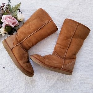 Ugg Classic Tall Leather & Sheepskin Boots Size 8